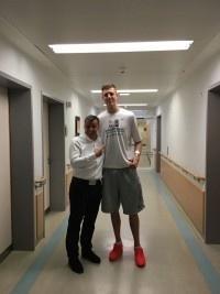 Hartenstein Isiah Basketballer Klein