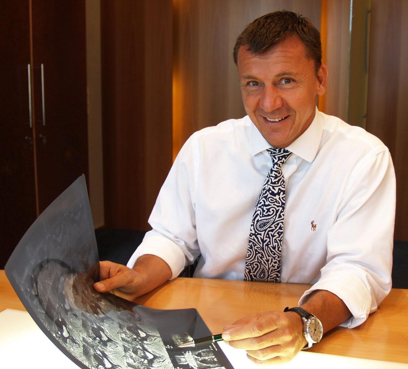 Dr. Michael Schubert bei Wirbelsäulenkongress in Wien