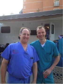 Christian Schultz zusammen mit einem US amerikanischem Kollegen - NASS 2012